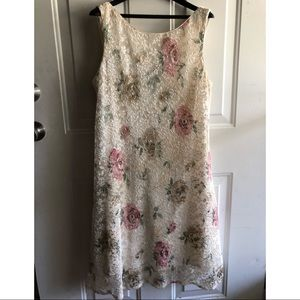Floral Pleated Dress w/ Shawl